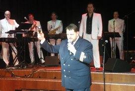Kapten Vahur Ausmees utbringar Baltic Queens skål