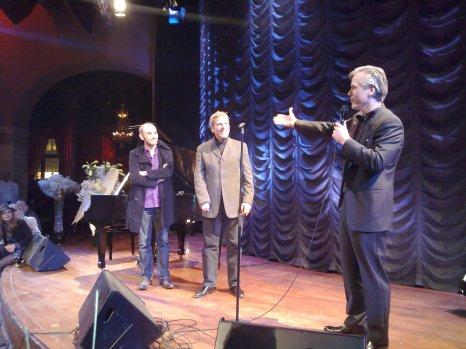 Tchéky Karyo on stage