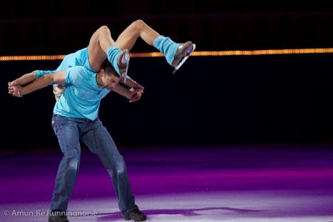 Robin_Szolkowy+Aliona_Savchenko-110402155735