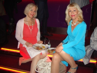 Pia Johansson med vän
