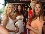 champagne skål tillsammans