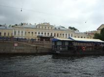 Kanaltur med båt