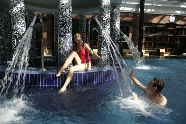 Pool area Fountain