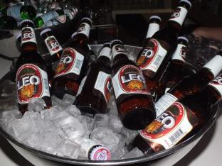 Thai öl innan filmen