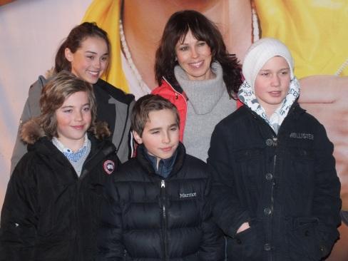 Madeleine Westin med barnen Matilda, William, Oliver och Oscar