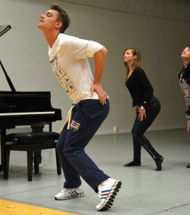 Aleksej Vorobjov (Alex Sparrow) dancing