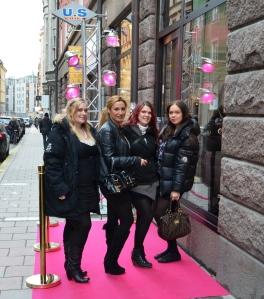 VIP inbjudna tjejer