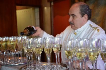 Champagne på Operaterassen