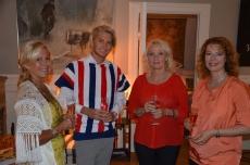 Simon med damer