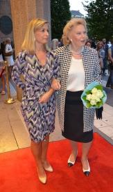 Eva Vesvre och Marianne Bernadotte