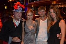 Nicole, David Schulman med vän och flickvän