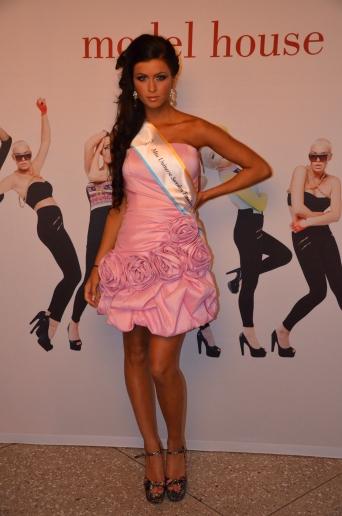 tävlande i Miss Universe Sweden 2012