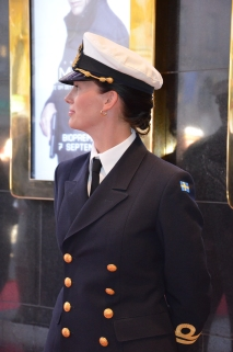 Kvinna i uniform
