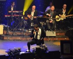 Rafael Edholm på scen