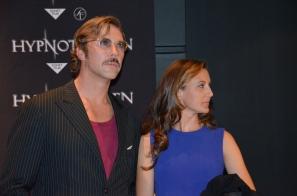 Mikael Persbrandt med fru
