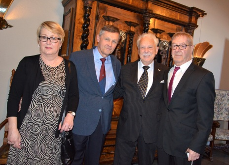 Lisbet och Bengt Magnusson och Björn Esping kom från Värmland med gratulationer.