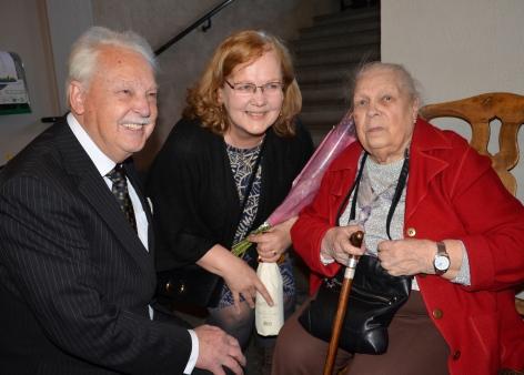 Äldste gratulanten, 94-åriga Terttu Hietala-Larsson och Rita Bjälner från Täby.