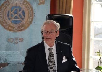 Dagens programpresentatör Jan-Olof Carlsson.
