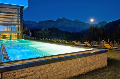 KH_Spa_Outdoor_Pool_23