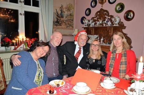 3:e Advent på Villa Solborg. Hovsångerskan Lena Nordin, Dir. Robert Erkers, Gösta, Sybylla Wales och Johanna Winkler-Hermaden, maka till Österrikes ambassadör