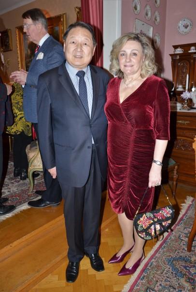 3:e Advent på Villa Solborg. Professor Richard och fru Eva Hsieh.