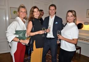 Johan Lilljebjörn igen nu med hans fru och 2 vänner