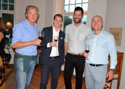Hans De Geer, god vän till kungen, Johan Lilljebjörn marknadchef Vinoteket, Daniel Kouthoofd, chefsommelier Vinoteket samt Hans Beyer, finanschef SEB