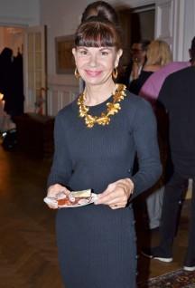 Maria Ekström, nöjd och glad kund