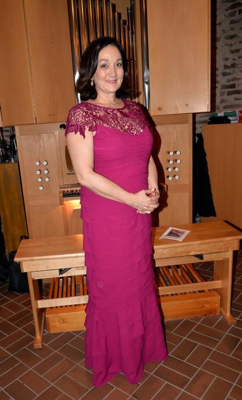 """Magnifika Hovsångerskan Katarina Karnéus som sjöng ett par sånger av Sibelius och """"Jadjas sång"""" ur Venus in Seide av Robert Stolz."""