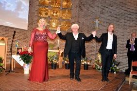 Här mottager operasångerskan Carolina Sandgren, operasångaren Sonny Wallentin och pianisten Johan Ullén enorma ovationer och bravorop efter att de framfört duetten mellan Tosca och Cavaradossi från 1:a akten av Giacomo Puccini Tosca. Carolina Sandgren är just nu aktuell som Tosca på Göteborgs Operan.