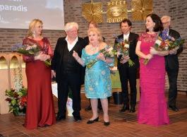 En fantastisk sångarkvartett ! Operasångerskan Carolina Sandgren som just nu är aktuell som Tosca på Göteborgs Operan, operasångaren Sonny Wallentin, hovsångerskan Siv Wennberg och hovsångerskan Katarina Karnéus samt konsertpianisten Daniel Propper från Paris. Alla hedrade Karl-Otto Hagen-Olsen med ett bejublat program.